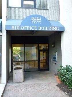 sept_26_LD_office_entrance_or_put_in_Berg_photo.jpg